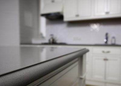 Кварцевая столешница для кухни Quartz Amiata 2 cm