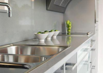 Кварцевая столешница для кухни Quartz Carnia 2 cm