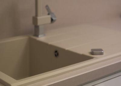 Кварцевая столешница для кухни Quartz Maiami 2 cm