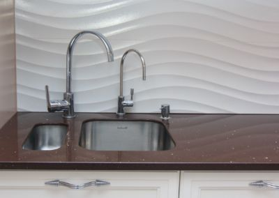 Кварцевая столешница для кухни Quartz Marron Stardust 2 cm