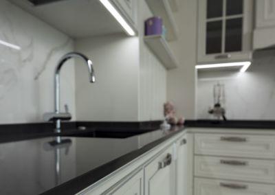 Кварцевая столешница для кухни Quartz Nero 2 cm