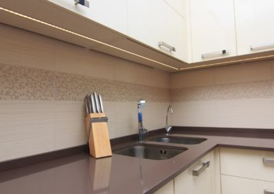 Кварцевая столешница для кухни Quartz Nevada 2 cm