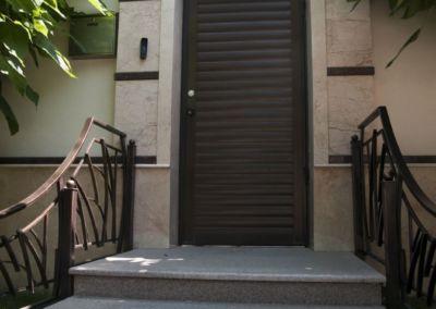 Лестница из гранита G681, -3cm -termo