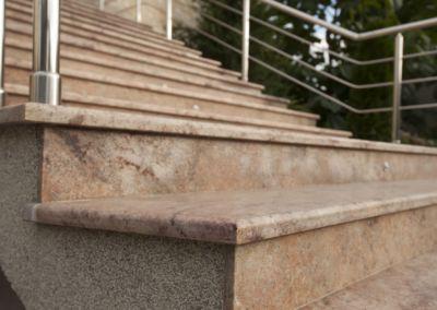 Лестница из гранита Shivakashi, -2cm -lustruit (9)
