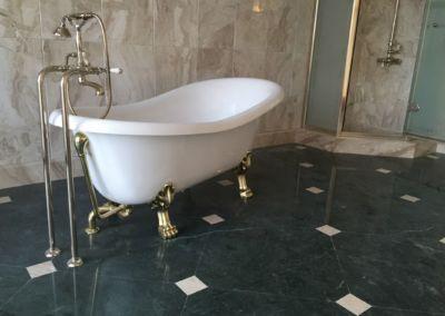 Мраморная плитка для ванной Verde Guatemala, Breccia Sarda - 2cm - lustruit (3)