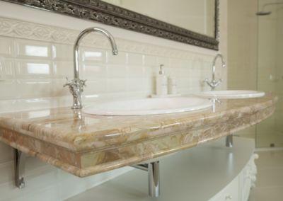Мраморная столешница в ванной Breccia Oniciata -3cm (10)
