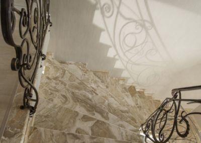 лестница из мрамора Breccia Oniciata -2cm -lustruid (4)