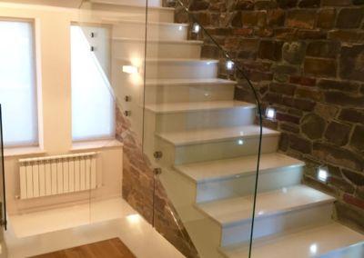 лестницы из искусственного камня. кварц Trevi, 2 cm, lustruit (4)