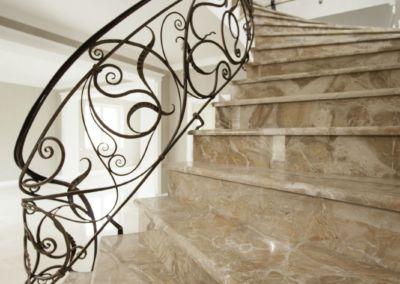 лестницы из мрамора Breccia Oniciata -2cm -lustruid (10)