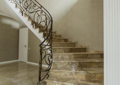 лестницы из мрамора Breccia Oniciata -2cm -lustruid (12)