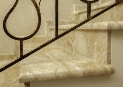 лестницы из мрамора Breccia Oniciata -2cm -lustruid (13)