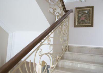 мраморная лестница Crema Marfil -2cm -lustruid (3)