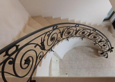 мраморная лестница в Кишинёве Crema Marfil -2cm -lustruid (10)