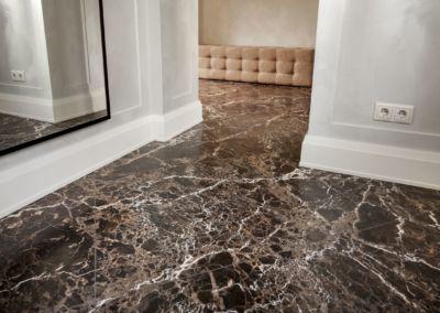 мраморный пол в квартире Emperador Gold -2cm -brushed (6)