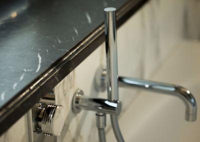 установка мраморного подоконника - Nero Marquina - brushed, antic - 2cm