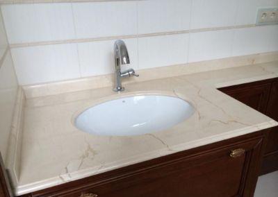 Blat marmura baie. Crema Marfil -2cm - lustruit