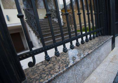 Piatra pentru soclu. Granit exterior Baltic Brown 2см полированный(3)